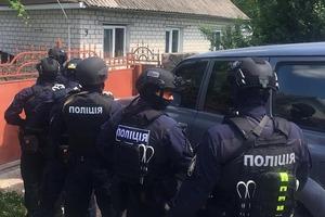 На Ривненщине поймали банду с награбленным янтарем на 2 млн гривен
