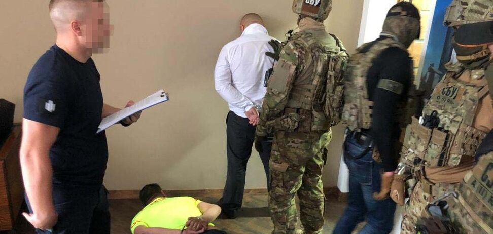 Співробітники СБУ затримали трьох вимагачів