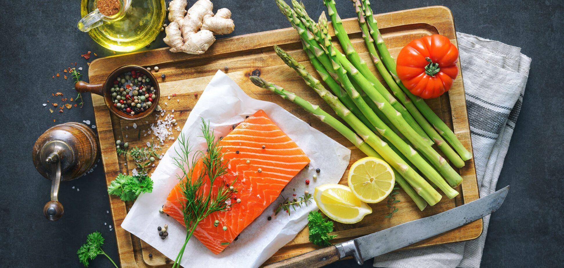 Астаксантин міститься в червоній рибі