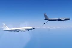 Российский истребитель перехватил самолеты США