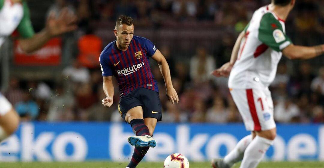 Артур провел за 'Барселону' 72 матча