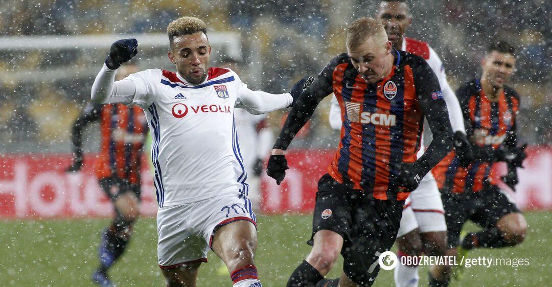 Виктор Коваленко в матче Лиги чемпионов против 'Лиона'