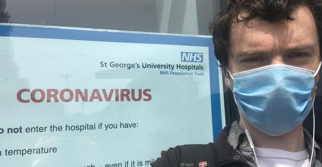 Вакцина от COVID-19 дала побочные эффекты: испытуемый рассказал о проблемах
