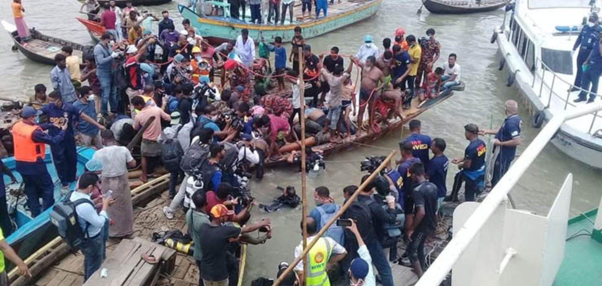 У Бангладеш пором протаранив човен: понад 30 жертв