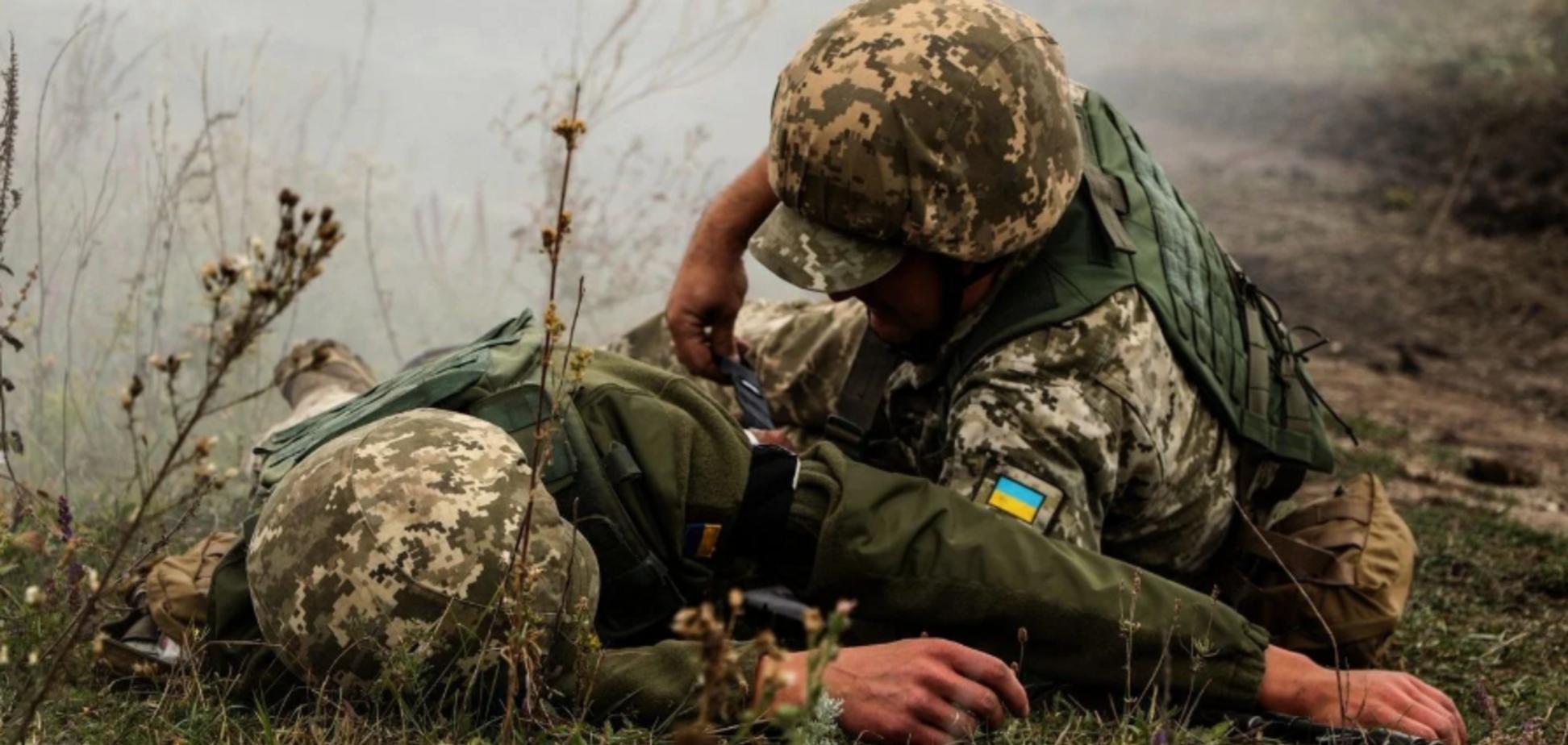 На Донбассе ранены воины ВСУ (источник: Прямой)
