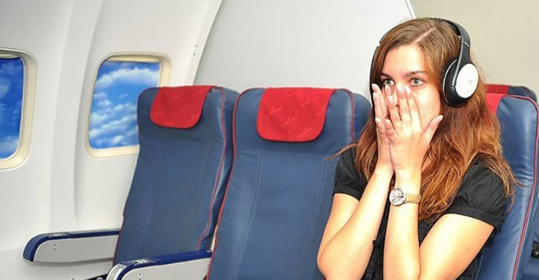 Названо лучшее место в самолете для тех, кто боится летать