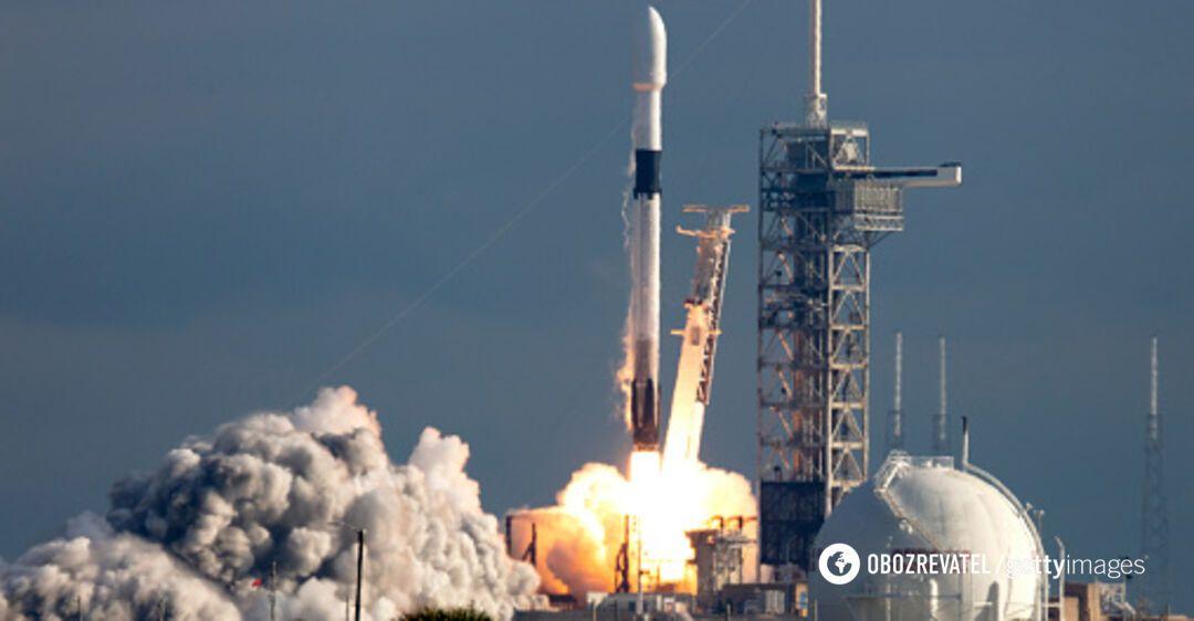 SpaceX запустит в космос новую партию спутников