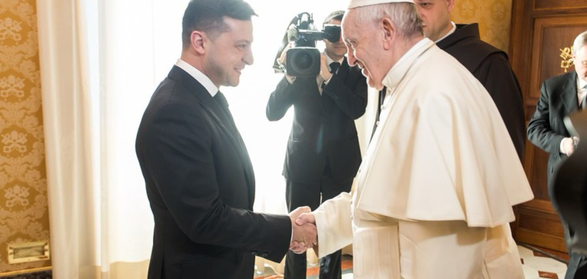 Папа Римский занялся освобождением Маркива: Зеленский раскрыл подробности переговоров