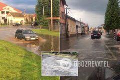 Мукачево затопило из-за сильного ливня: улицы ушли под воду. Видео