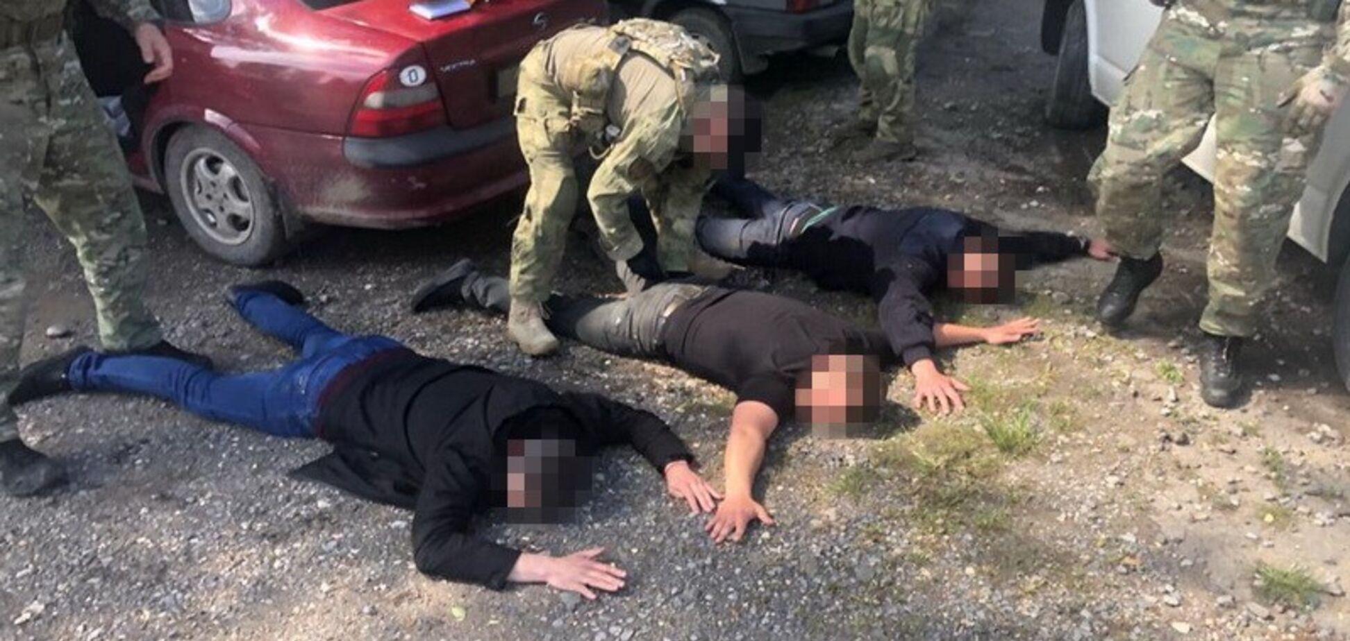 На Днепропетровщине начальник полиции возглавил банду: детали скандала и фото