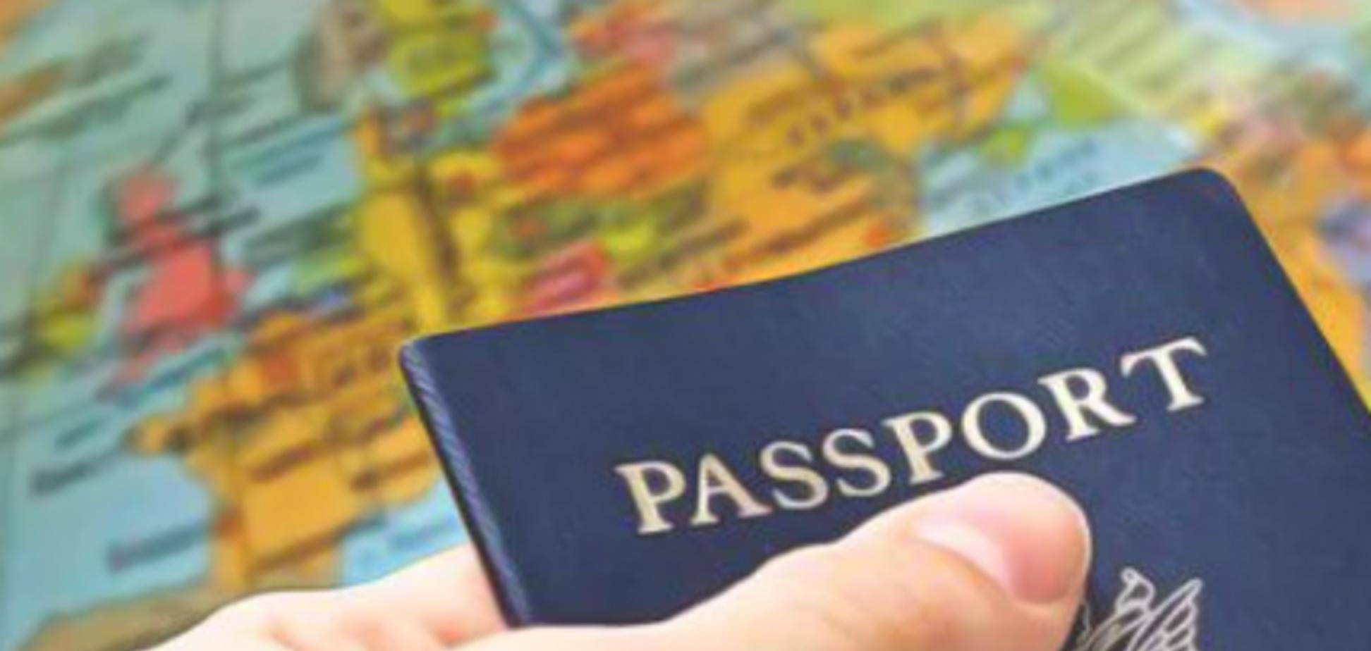 Отмена туристических виз в Украину: какие риски?