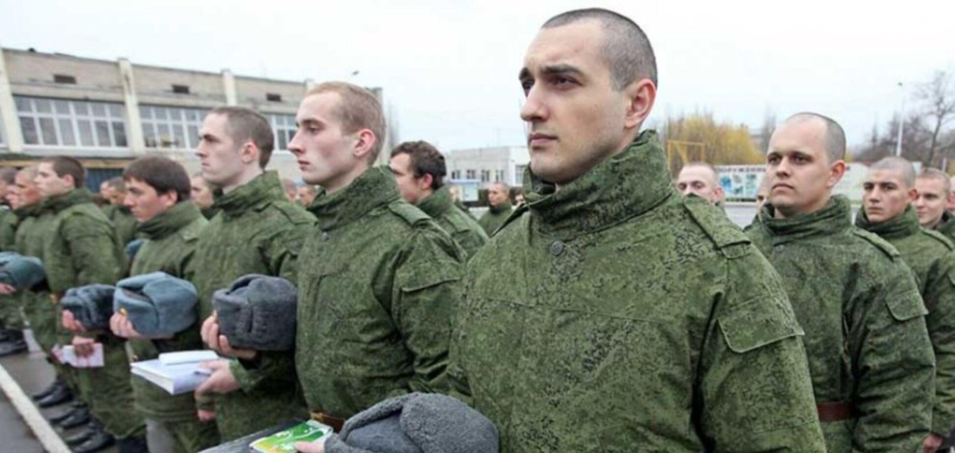 Росію піймали на брехні з військовим призовом у Криму