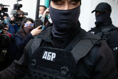 Адвокати Порошенка подали в суд на генпрокурора Венедіктову