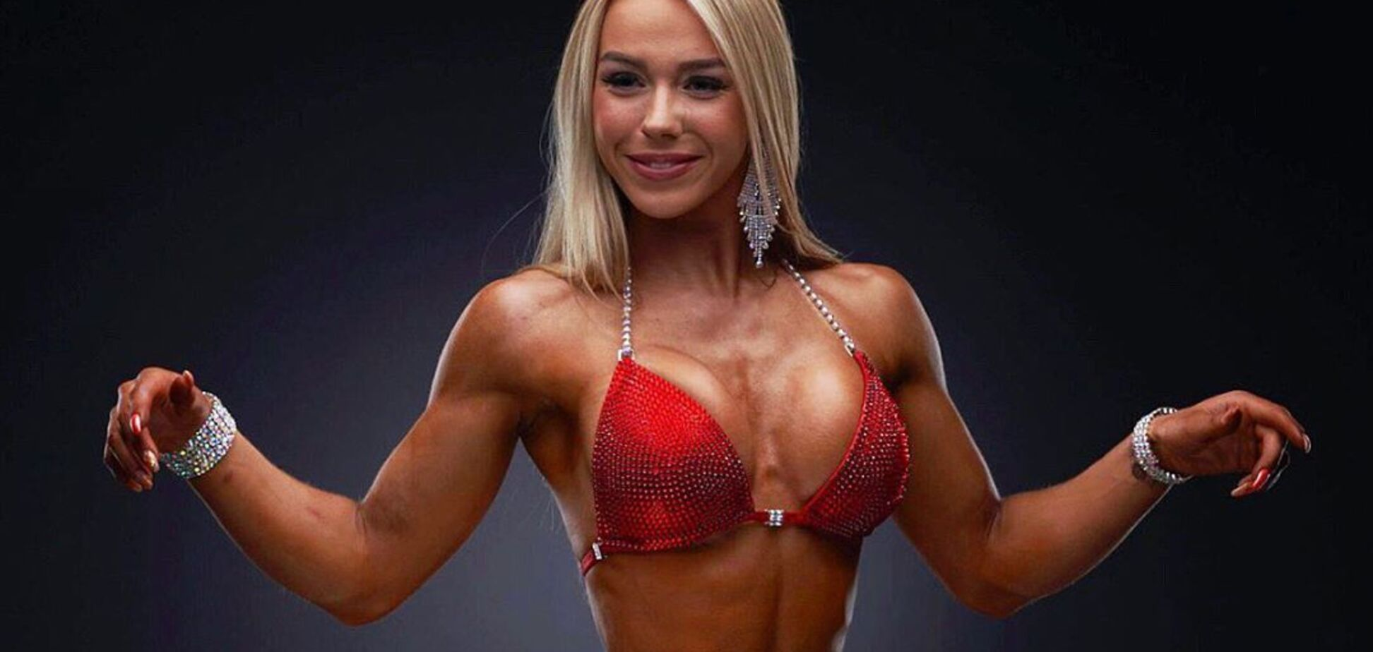 Фитнес-модель с идеальными формами Смилла Бейер снялась обнаженной