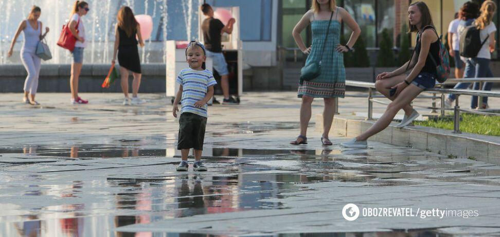 Спека до +33: синоптики дали прогноз на початок тижня в Україні