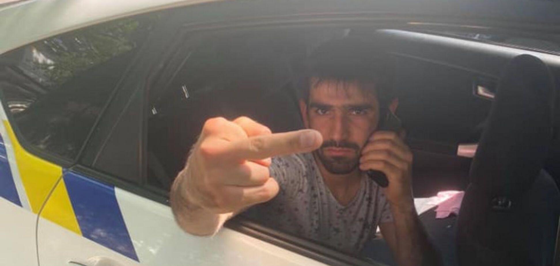 В Одессе ВАЗ сбил на переходе 4 детей: водитель угрожал копам и родителям