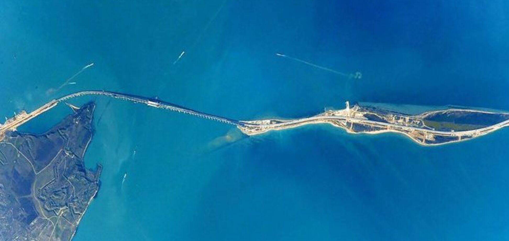 Підхідний канал Керченського порту обмілів