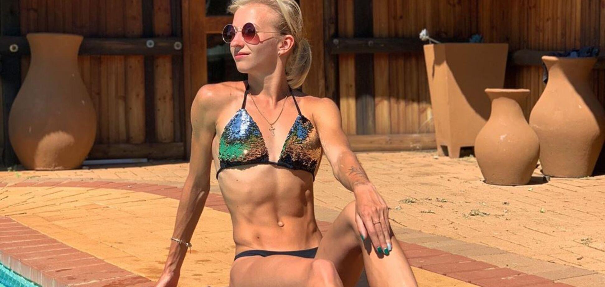 Украинская легкоатлетка, снимавшаяся обнаженной в Крыму, похвасталась идеальным телом в купальнике