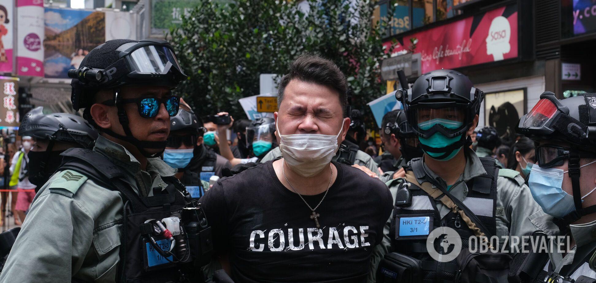 У Гонконзі поліція розігнала тисячний мітинг проти Китаю водометами. Фото