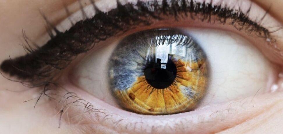 Вчені створили проривний рідкий протез для очей
