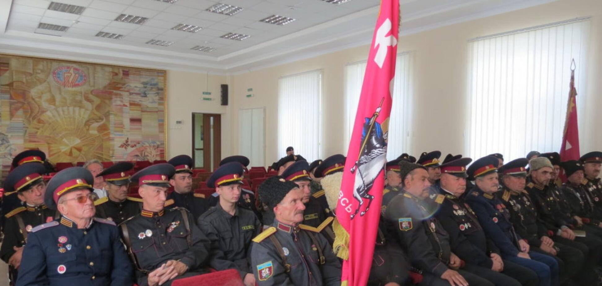 На Запоріжжі козаки задумали зрівняти свої повноваження з поліцією