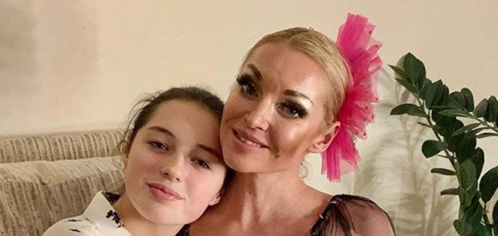 Дочь Волочковой рассказала о преследованиях из-за мамы