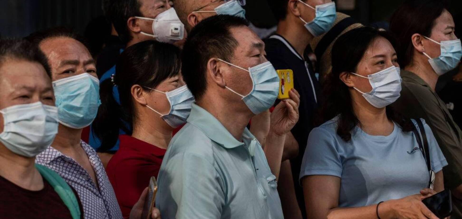 У Китаї почали другу фазу випробувань вакцини від COVID-19 на людях