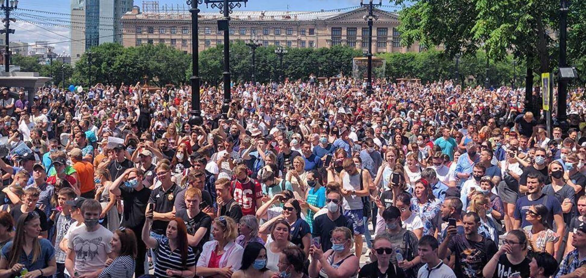Путинский режим зашатался, – Сенченко о массовых протестах в России