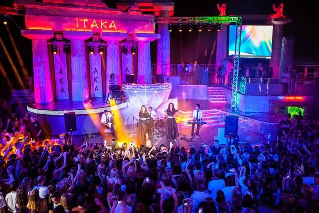 Ночные клубы Одессы нарушают карантин (фото: Аквапарк Одесса)