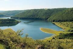 '7 чудес України': запрошують Подільські товтри