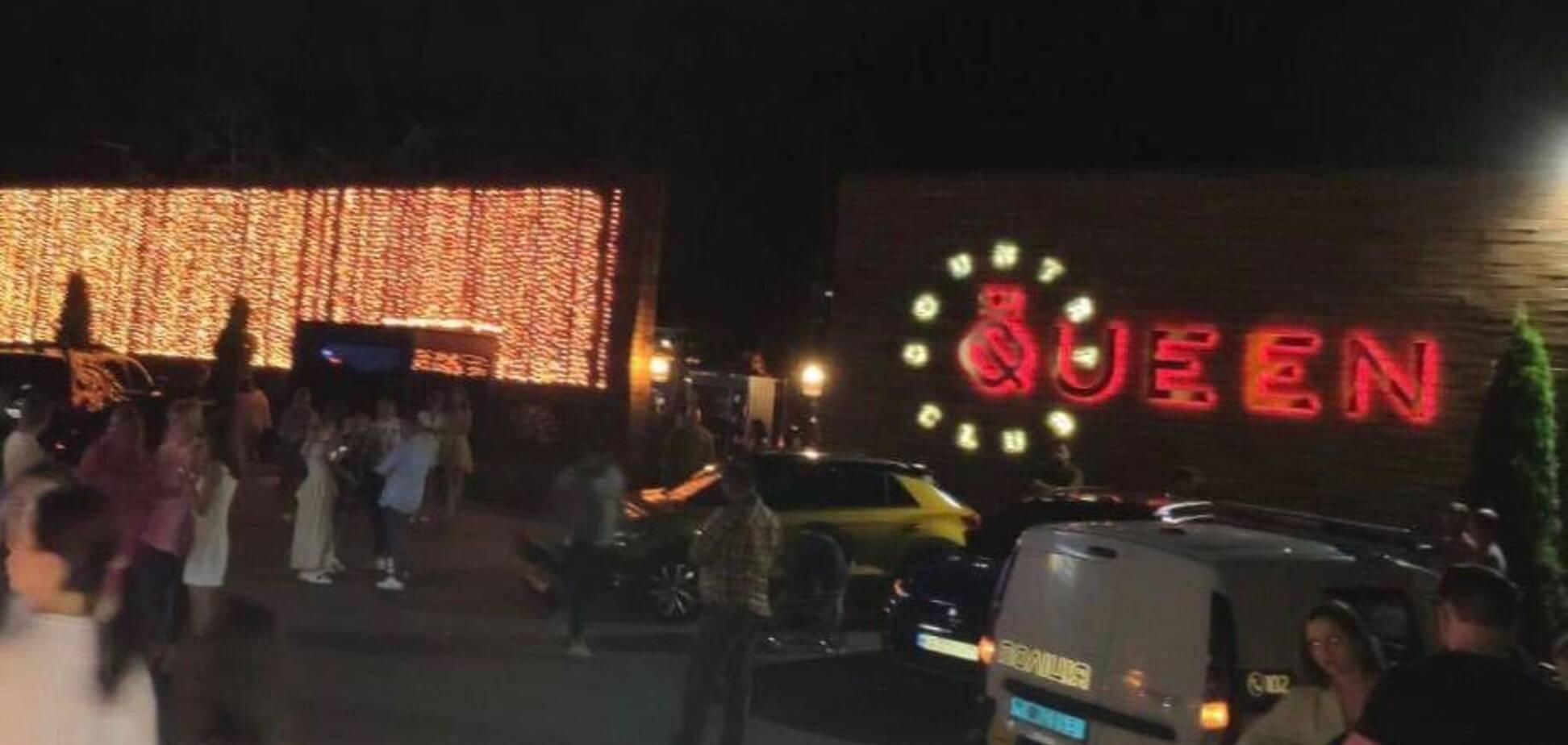 Під Києвом поліція закрила нічний клуб Queen Country Club через порушення карантину