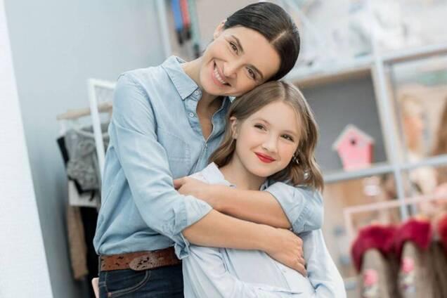 11-летняя дочь украинской телеведущей побрилась налысо