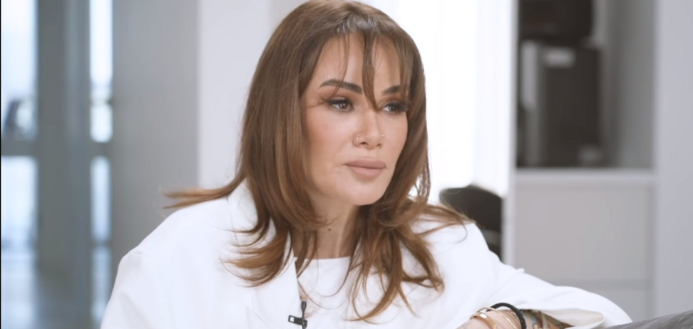 Айза Анохина – о войне в Чечне: нас с мамой ставили к стенке и обстреливали