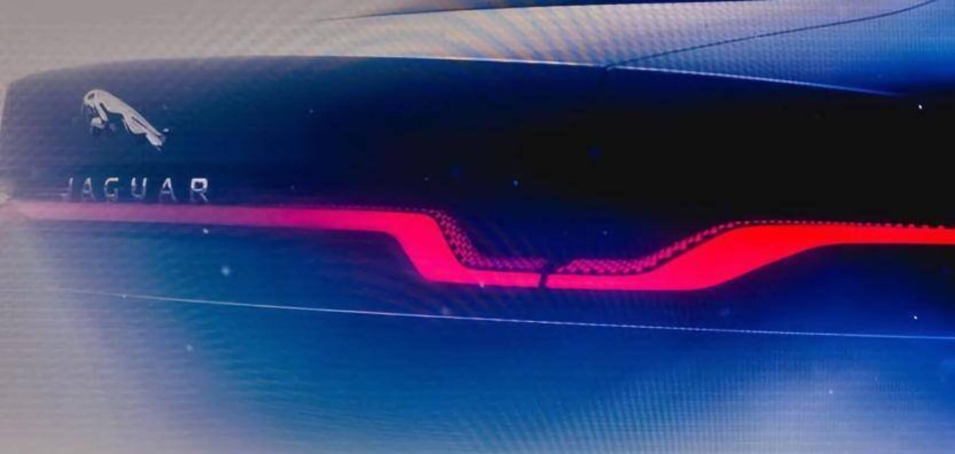 Довгоочікуваний електрокар Jaguar налякає Mercedes в наступному році