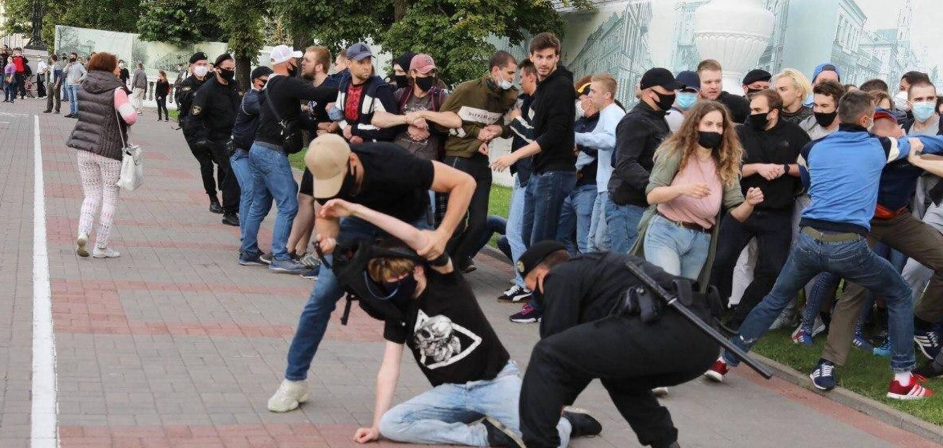 У Мінську та інших містах Білорусі пройшли акції протесту