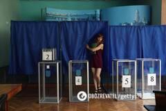 СМИ узнали причину отзыва постановления о местных выборах в Украине