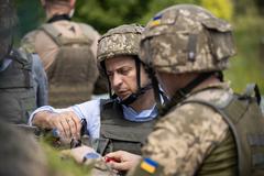 Украина понесла потери на Донбассе. Почему молчит Верховный Главнокомандующий?