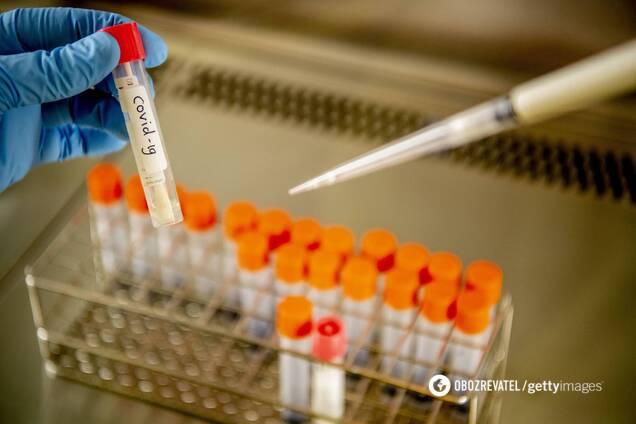 Сотня штаммов COVID-19 опасна при одном условии, – вирусолог