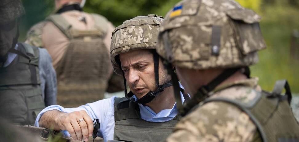 Украинцы возмутились реакцией Зеленского на расстрел военных