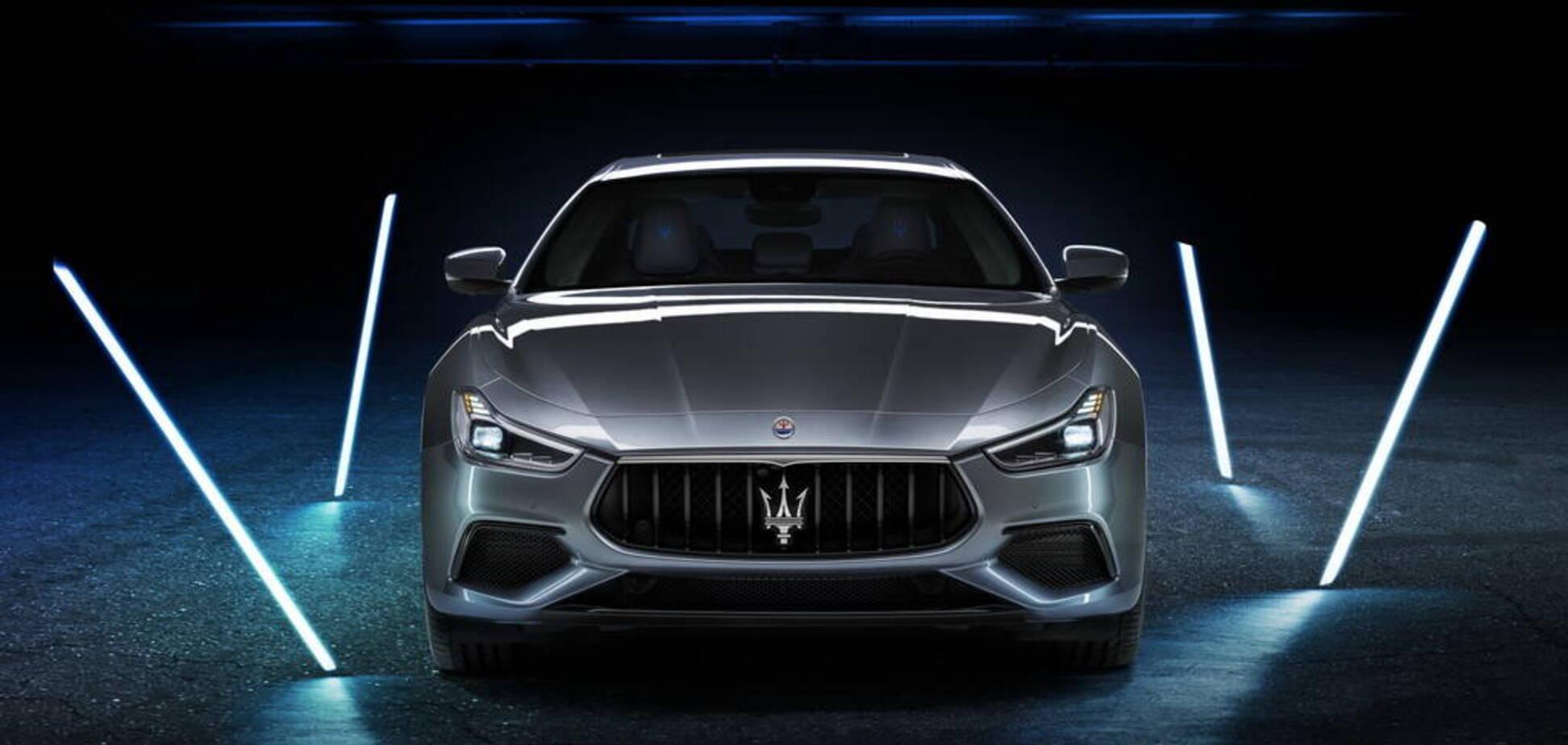 У Maserati з'явився перший гібридний спорткар