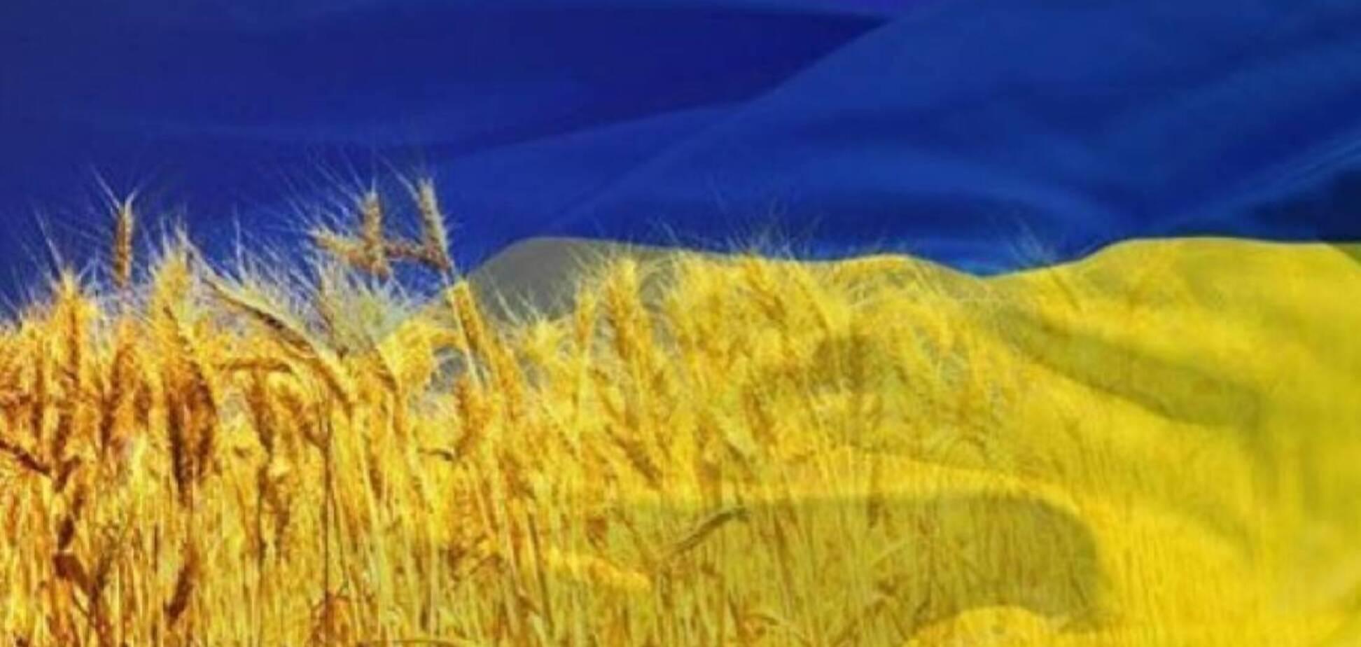 Политика и грамматика: в Украине или на Украине? УкрАинский или УкраИнский?