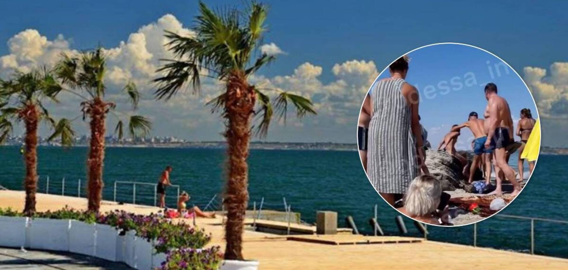 На пляжі в Одесі розгулювала повністю гола дівчина. Відео 18+