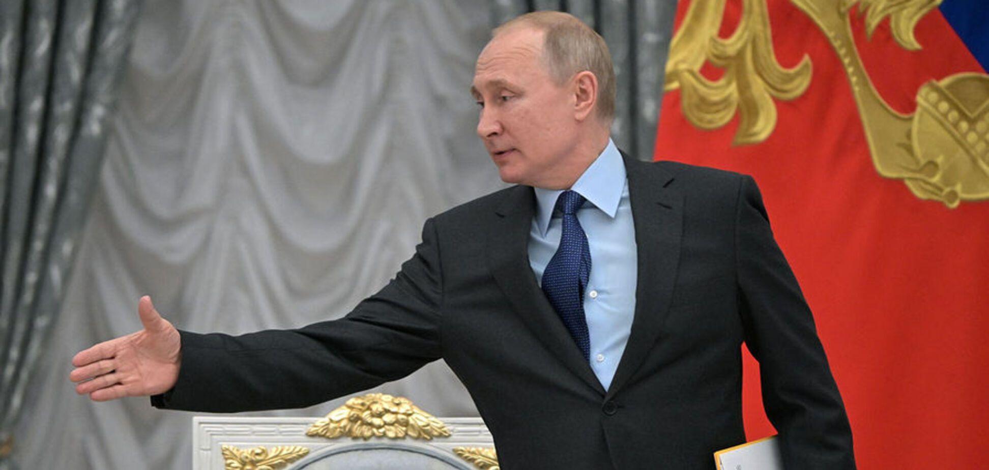 Путин проиграл, а рейтинг упал вместе с ценами на нефть