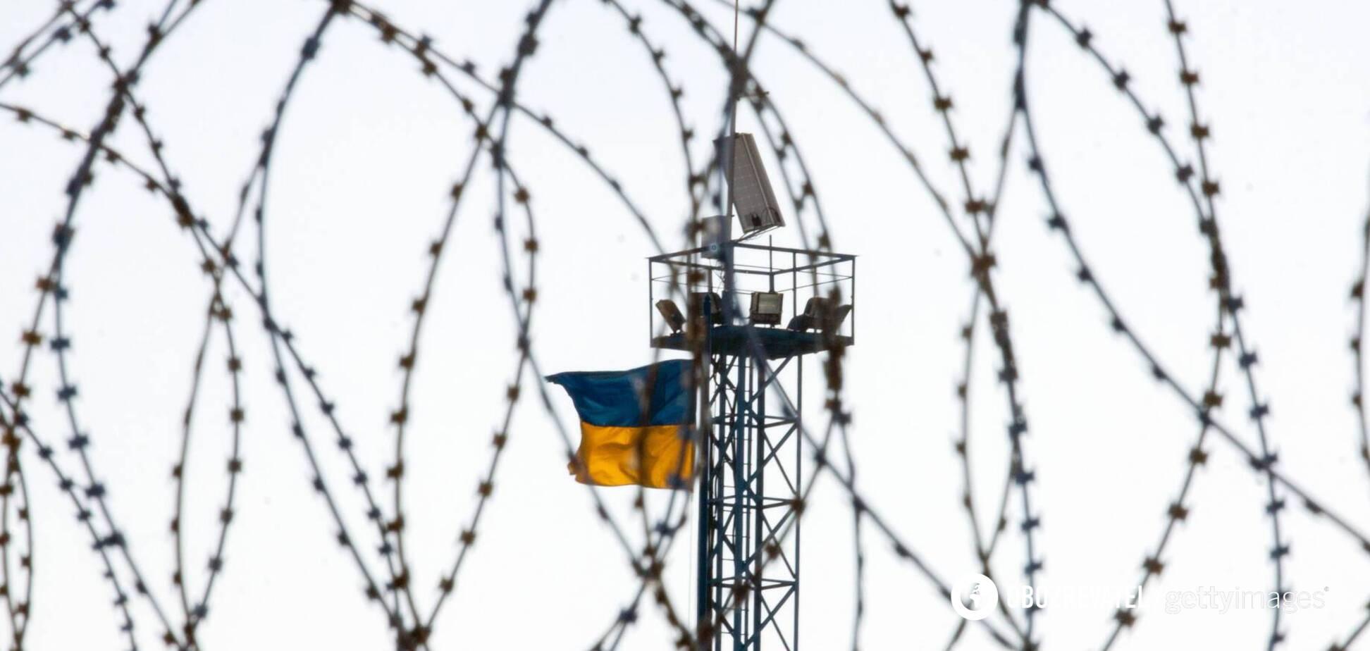 Минфин отказался дать 4,5 млрд гривен на завершение 'стены Яценюка'