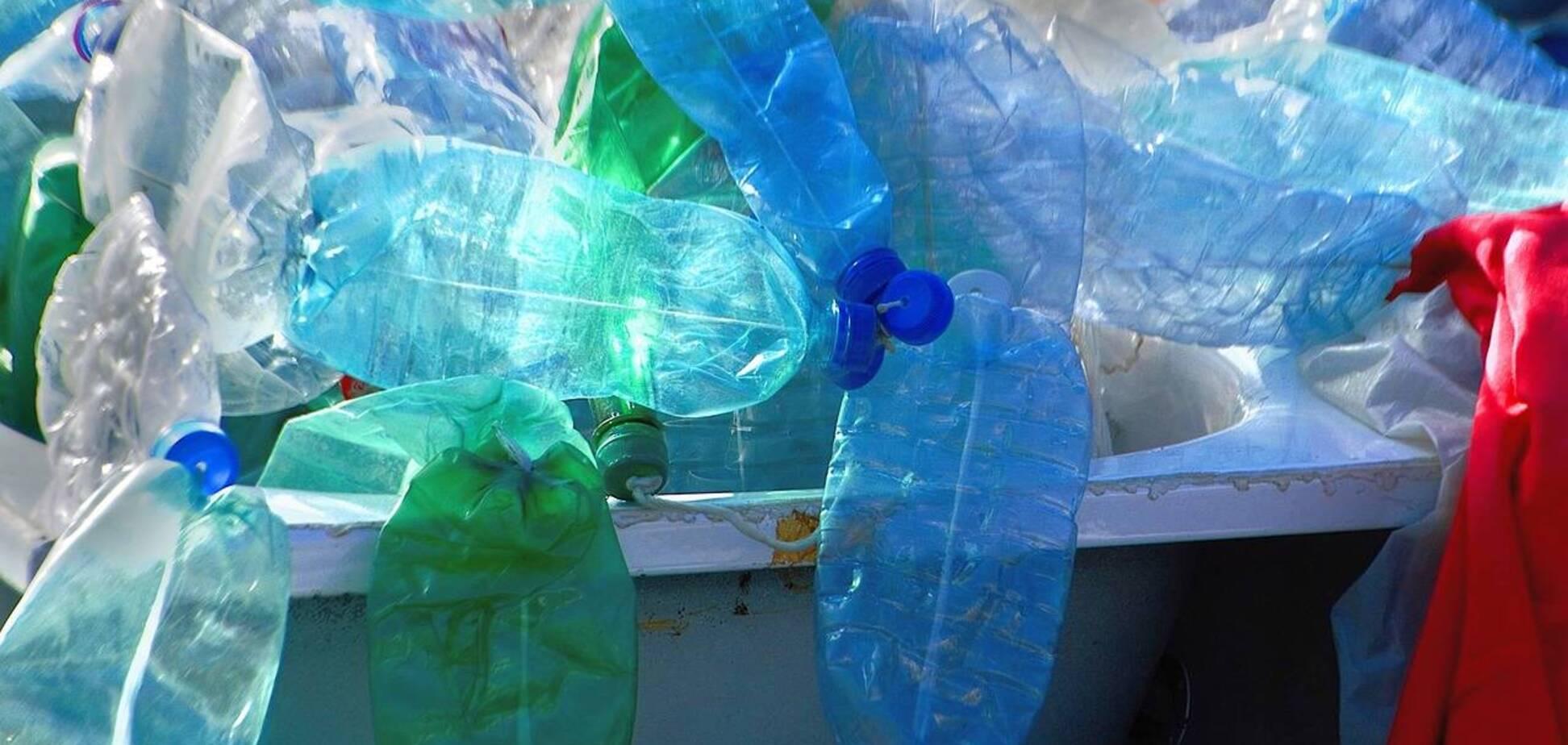 В Киеве активно устанавливают контейнеры для раздельного сбора мусора