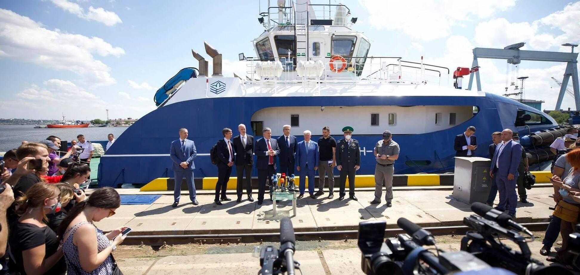 Українська і французька компанії побудують для МВС 20 катерів