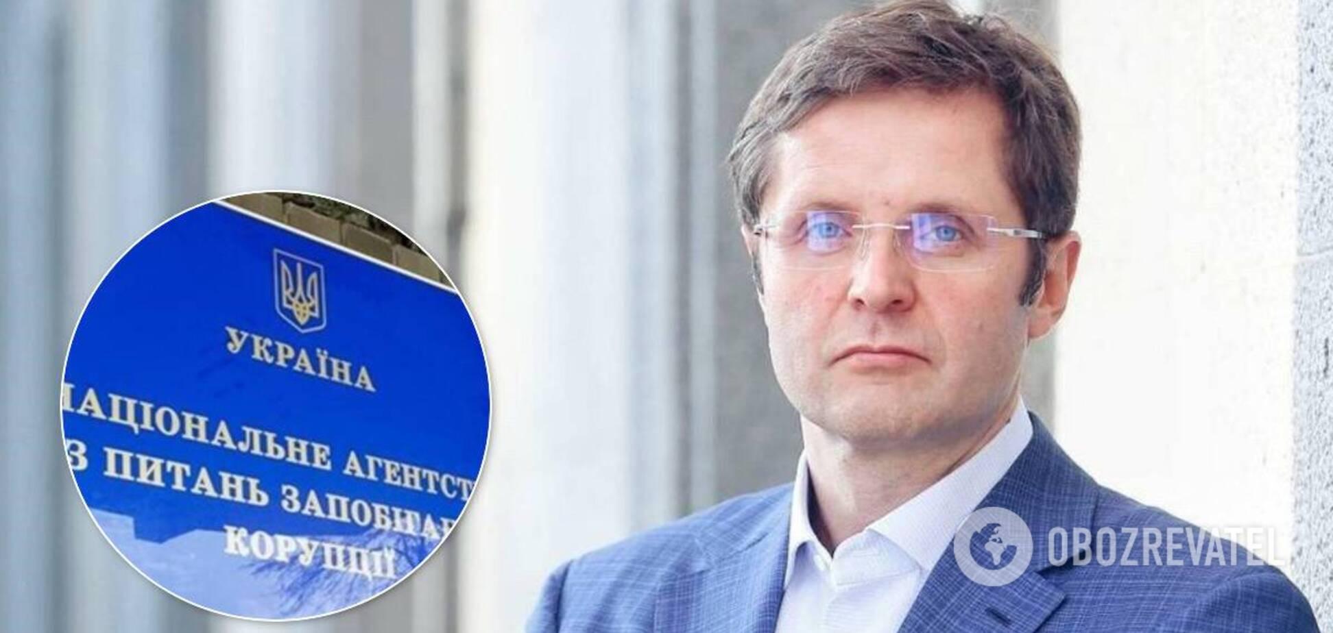 'Слугу народа' Холодова обвинили в коррупции: что грозит нардепу