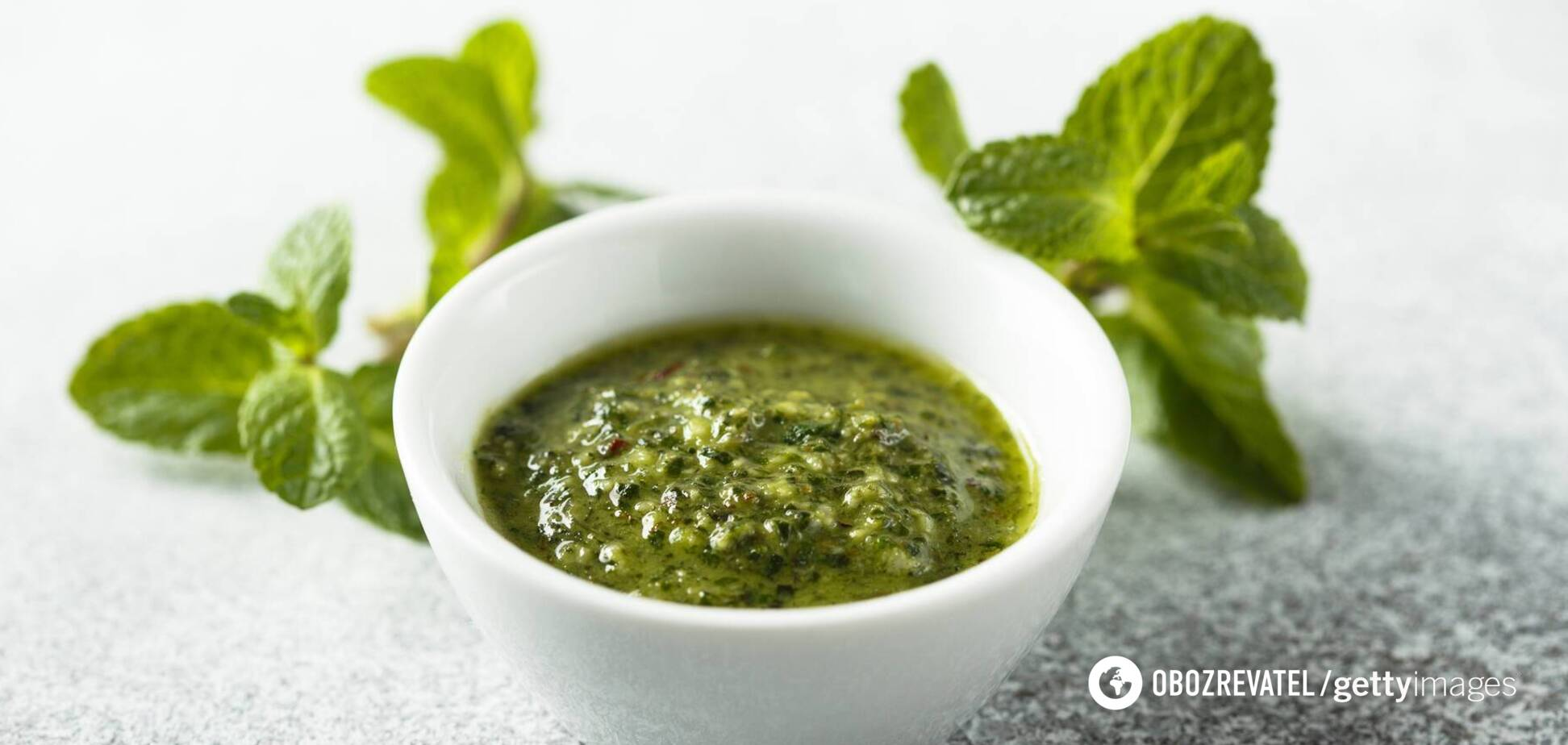 М'ятний соус песто можна використовувати для надання смаку рибним стравам