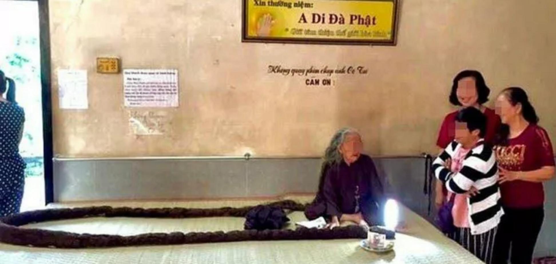 Нгуєн Тхі Дінх жодного разу не стриглася з 19 років
