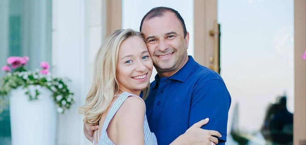 Молода дружина Павліка розповіла, чому часто називає співака по батькові